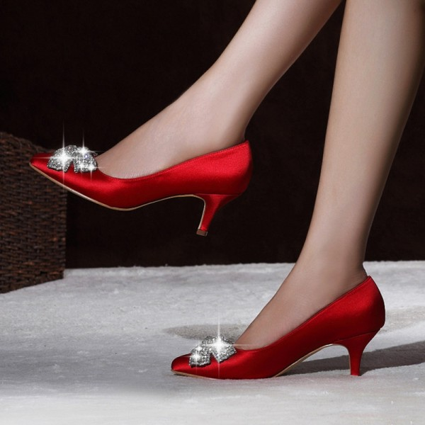 Satin rouge chaussures de mariage a talons bas strass noeud arc pompes pointues image 2