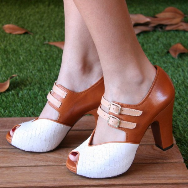Chaussures vintage blanches et tan peep toe talons chunky taille US 3-15 image 1