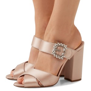 Blush satin strass boucle sandales mule talon chunky