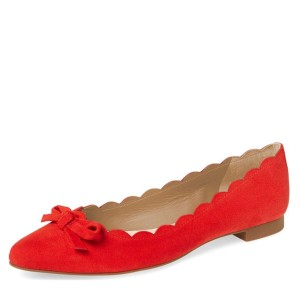 Suede Red Curvy Bow - Appartements confortables