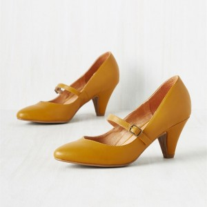 Women's Mustard Low-cut Uppers  Mary Jane Heels Vintage Pumps