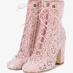 Bottines à talons chunky en dentelle rose
