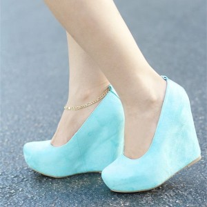 Aqua Shoes Suede Platform Closed Toe Wedges Pumps