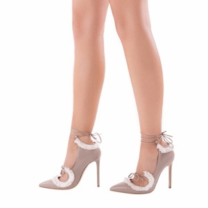 Nude Strappy Heels Pointy Toe Lace Up Pompes à talons Stiletto Fringe