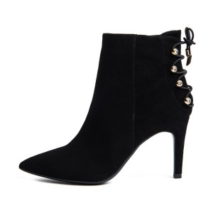 Bottines Stiletto noires à bout pointu en daim avec clous