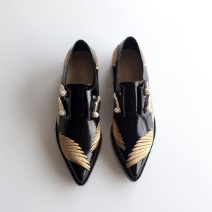 Black Women's Oxfords Pointy Toe Vintage Shoes with Wings and Pearls