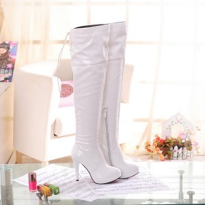 Bottes à lacets en cuir verni Stripper Shoes Ivory